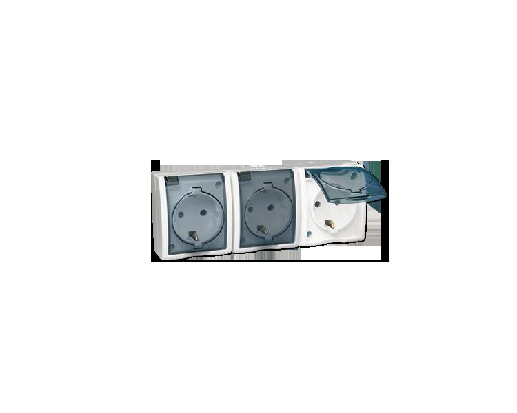 Gniazdo wtyczkowe potrójne z uziemieniem typu SCHUKO z przesłonami torów prądowych - w wersji IP54 -  klapka w kolorze transpare