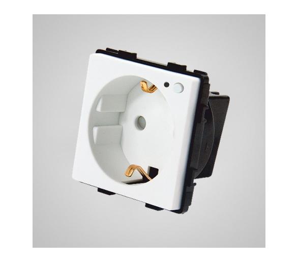 Gniazdo schuko ze wskaźnikiem LED, z przyciskiem ON/OFF, modułowe, białe TM636W