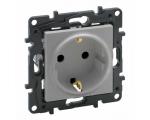 Gniazdo Schuko 2P+Z 16 A - 230 V~ - z przesłoną, zaciski automatyczne - Aluminium -  Niloe Step 863320