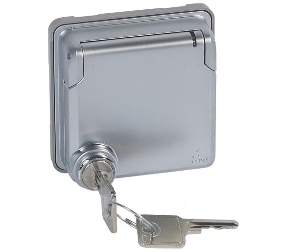 Adapter do osprzętu Mosaic z klapka blokowaną kluczem Soliroc IP55 IK10 077884